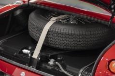 Aston-Martin-DB4-GT-Zagato-Continuation-(20)