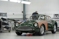 Handovers-begin-of-Aston-Martin-DB4-GT-Zagato-Continuation-models---photo-Max-Earey--(42)