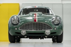 Handovers-begin-of-Aston-Martin-DB4-GT-Zagato-Continuation-models---photo-Max-Earey--(45)