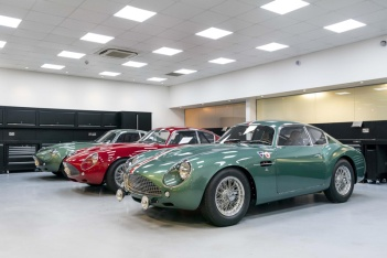 Handovers-begin-of-Aston-Martin-DB4-GT-Zagato-Continuation-models---photo-Max-Earey--(71)